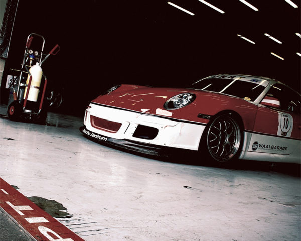 PORSCHE 911 GT3 WITH THE PIT LANE MARK. SMALL
