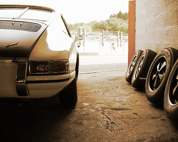 Porsche 911 Back and Wheels