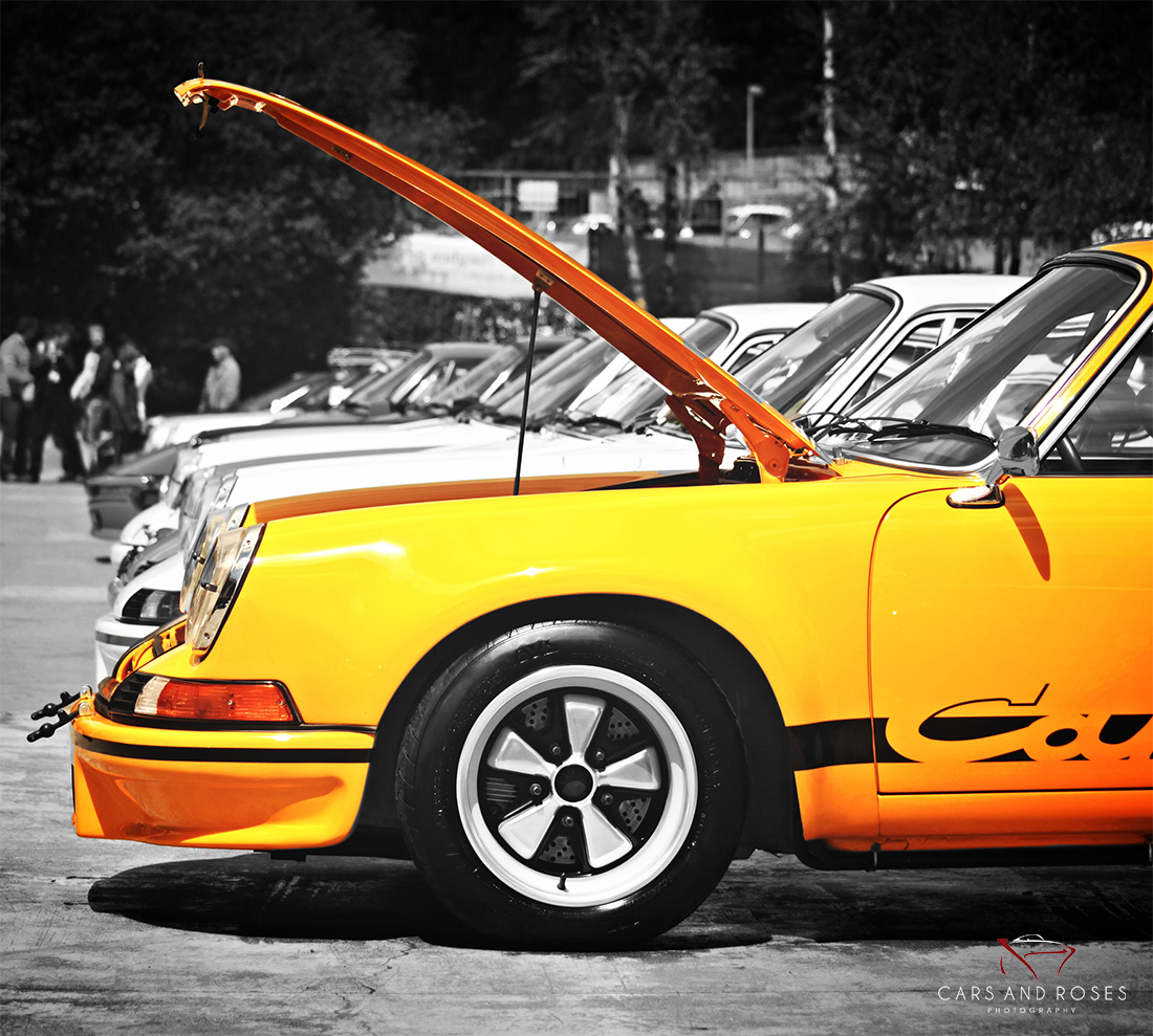 Porsche 911 Carrera RS 2.7 Hood Open