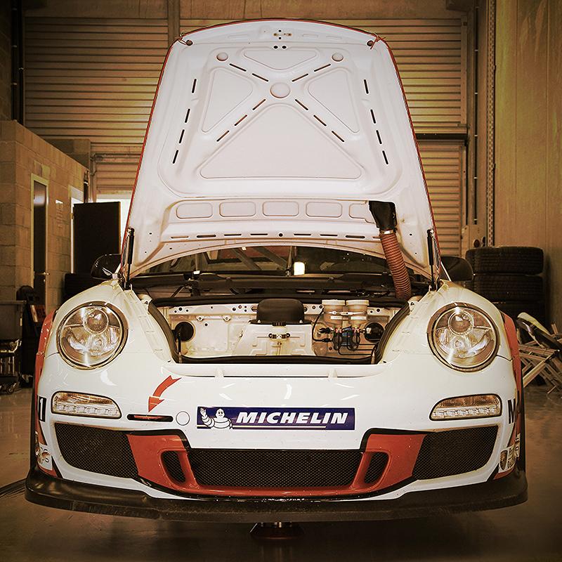 Porsche 911 GT3 HOOD