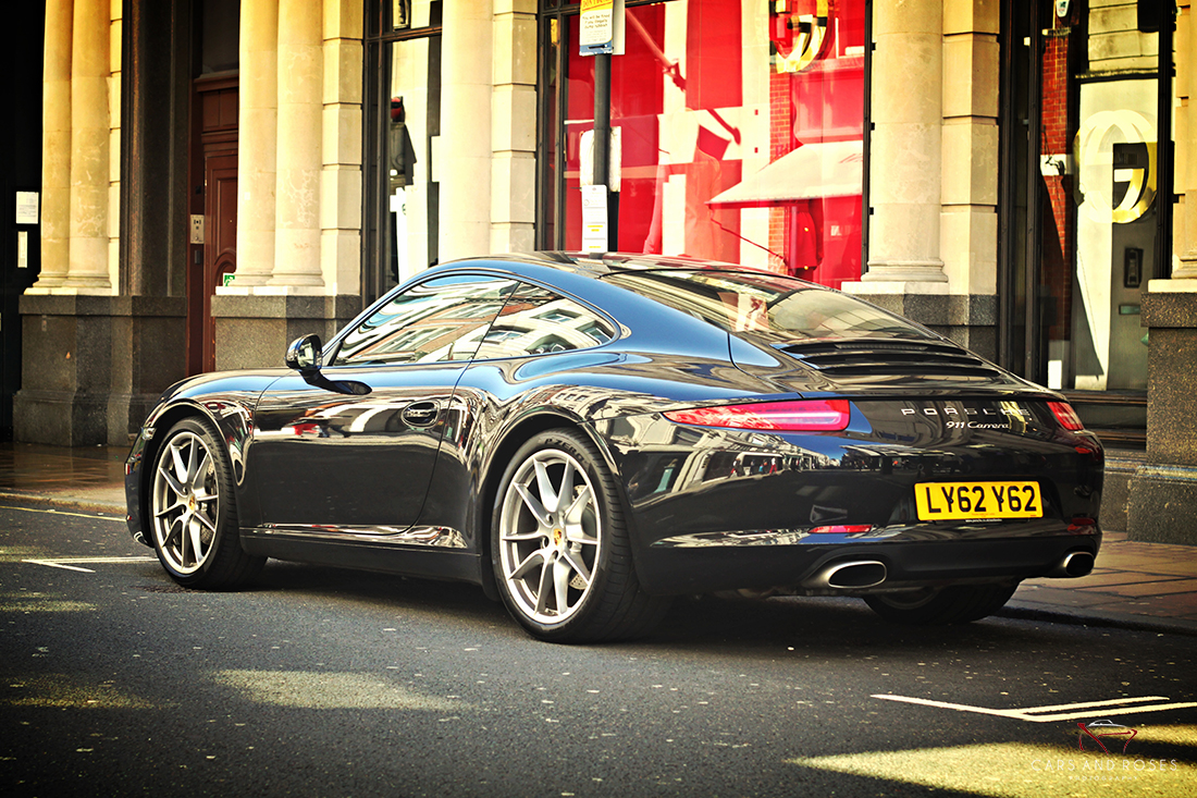 Porsche 911 Type 991 Carrera Black